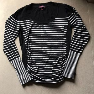 Takeout XL long sleeved blouse maternity